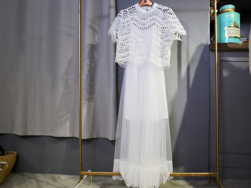 蕾絲罩衫二件式長洋