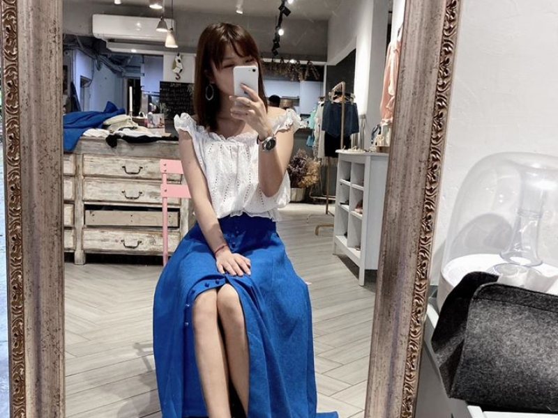 寶藍大圓裙